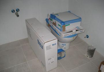 Suministro aparatos sanitarios