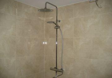 Grifería ducha con sistema doble rociador