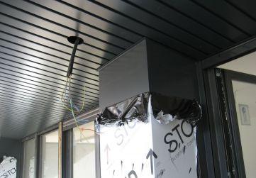 Panel composite en fachada principal